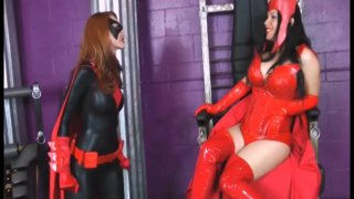 Streaming porn video still #2 from Scarlet Witch VS Black Widow And Batwoman