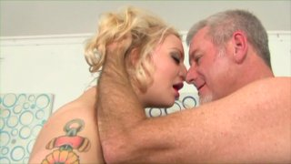 Streaming porn video still #1 from Pretty Fat #5