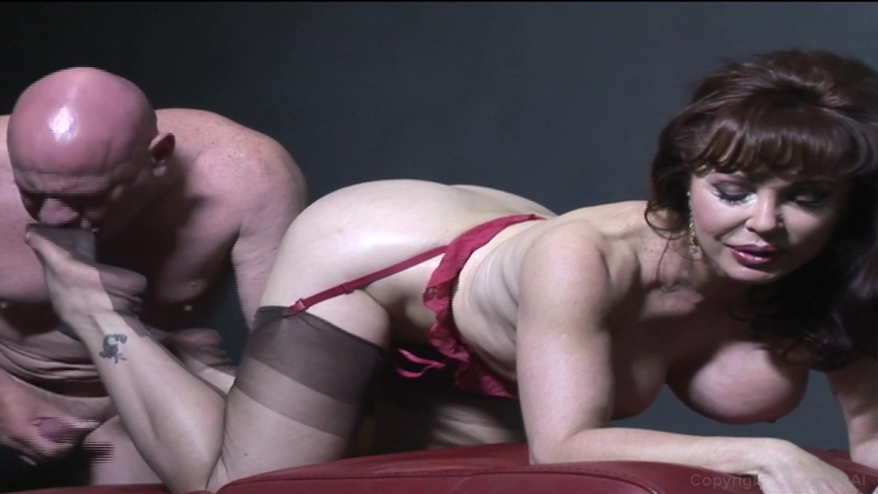 Streaming Cougar Porn 3