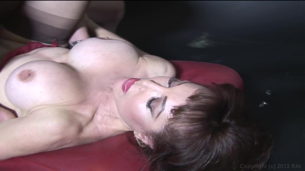 Streaming Cougar Porn 17