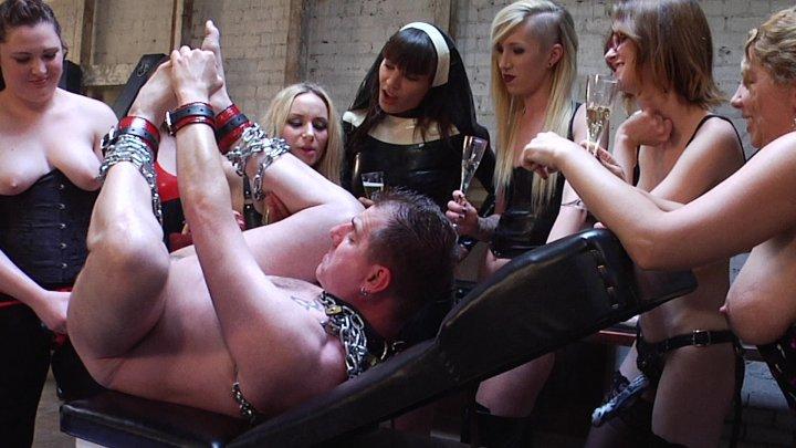 Streaming porn video still #2 from Treacherous